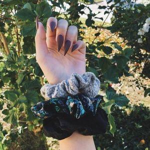 silk green & velvet hair scrunchie set